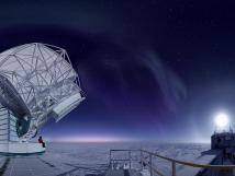 Image of South Pole Telescope, Picture taken by Jason Gallicchio